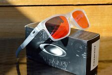 NUOVO Oakley CATALYST Matte Clear Frame W Torcia LENTE IRIDIUM 9272-14