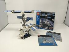 Complete LEGO 7467 International Space Station Discovery w/ instructions and box