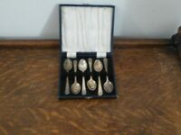 Six Vintage Silver Plate Teaspoons Boxed