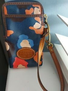 *NEW FOSSIL COIN/CARD/PHONE CARRY HOLDER*