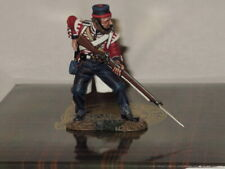 CR007  KING & COUNTRY CRIMEAN WAR BRITISH INFANTRY FIGURE LOADING RIFLE