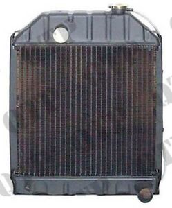 FORD NEW HOLLAND 2000,3000,4000,2600,3600,4600,3910 TRACTOR RADIATOR-4 ROW