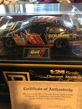 REVELL COLLECTION 1:24 1998 #81 SQUARE D Kenny WALLACE
