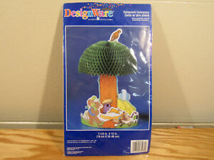NEW in Pack Franklin The Turtle Honeycomb Centerpiece Party Supplies DesignWare