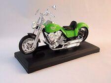 CLASSIC HARLEY TYPE BIKE,GREEN DIECAST MOTORMAX1/18MOTORCYCLE COLLECTOR'S MODEL