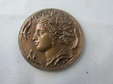 ancienne grosse medaille en bronze decor de gorgonne deesse grecque 1960