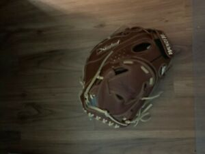 Worth Liberty FPX Series: LFPXFB Fastpitch First Base Mitt Left Handed Thrower