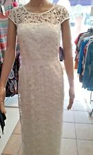 NEW- ADRIANA PAPELL DRESS, WITH A FINE LACE COLOR IVY SIZE: 6 RETAIL $ 229.00