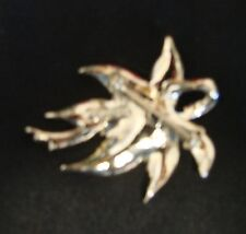 Vintage Costume Fashion Gerrys Gold Plated Fall Autumn Leaf Pin Brooch