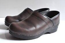 Sanita Womens brown leather clogs size 39