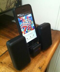 Phone MP3 ipod speaker dock take AA batteries 3.5mm headphoen jack connection