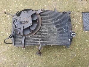 Suzuki GSXR 600 750 K1 K2 K3 engine radiator rad 2000 2001 2002 GSXR750 GSXR600