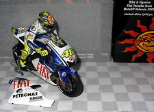 1:12 MINICHAMPS FIAT YAMAHA 2009 ROSSI BIKE AND FIGURE