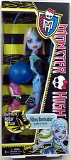 """Monster High Roller Maze ABBEY BOMINABLE 10.5"""" doll skate Yeti fashion NEW"""