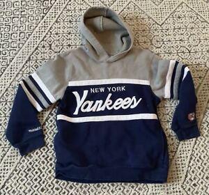 Kids New York Yankees Mitchell & Ness MLB Baseball Sweatshirt Hoodie Kids Large