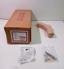 SOLID RED OAK 7026 LEVEL TURN FITTING W/ 135 CAP HANDRAIL BANISTER STAIR *NIB*