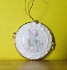 2000 Enesco Precious Moments Christmas ornament Picture frame Trinket box