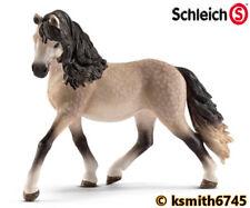 Nuovo * Schleich Holstein TORO solido in plastica giocattolo fattoria animale da compagnia Figura