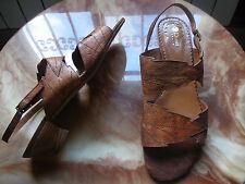 REBAJAS Dansi preciosas sandalias Piel Natural, mujer talla nº 42  marron hojas