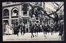 98470 AK Wiesbaden 1910 Kaiser beim Ausritt Morgenspazierritt