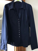 VINTAGE 80s LAURA ASHLEY NAVY FITTED LADIES BLOUSE SIZE 14 COLLAR BUTTON FRONT