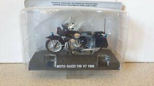1966 MOTO GUZZI 750 V7- 1/24 SCALE MODEL CARABINIERI  COLLECTION