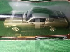 1968 Ford Shelby GT500K (1/18 Scale ) ROAD SIGNATURE - Die-Cast Model Car New
