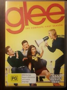 GLEE - THE COMPLETE FIRST SEASON - 7 Disc Set -  DVD Region 4 FREE POST