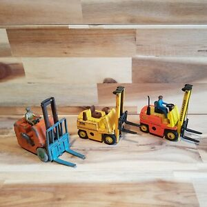 Dinky toys . vintage toys , spares or repair. Fork Lift  veichels.