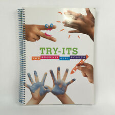 Girl Scouts Brownie Try It Guide Book Spiral Bound c 2000 0-88441-605-4