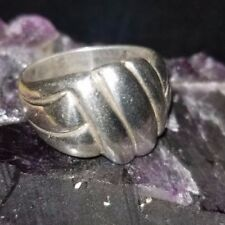 Vintage 925 Sterling Silver Knot? Hotdogs? Engagement Ring Size 9.5 Pre-Owned