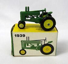 Vtg ERTL 1939 John Deere Model A Row Crop Tractor #564 Diecast 1:64 1/64 Scale