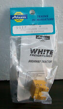 Athearn White Freightliner Tractor Union Pacific kit #5512