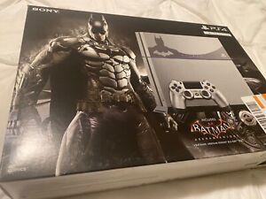 Sony PlayStation 4 Batman 500GB Grey Console