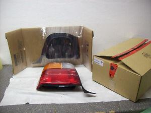 BMW E36 Touring Original Rücklicht Heckleuchte links NEU NOS 8371941 8361077