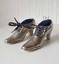 VINTAGE PAIR OF SHOE PIN CUSHIONS