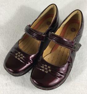 Clarks UnStructured Un.Cedar Burgundy Patent Leather Flats Mary Jane Women's 8D
