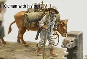 1/35 Resin Old Man W/Bull Civilian Farmer Peasant unpainted unassembled 4032