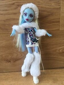 Monster High Signature Abbey Bominable Doll