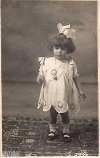 BL642 Carte Photo vintage card RPPC Enfant mode fashion robe dress noeud cheveux