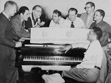 VINTAGE FOTO BIG BAND LEADER Benny Goodman pianoforte fine art print poster cc5228
