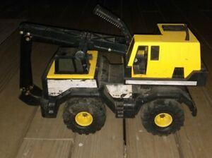 Vintage Tonka Pressed Steel 1999 Crane Truck see pictures read below