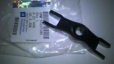821008 Original Opel Halter f.Kraftstoffeinspritzventil Agila Corsa Meriva Astra