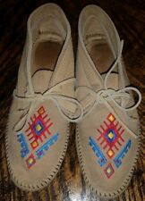 Vintage Minnetonka Moccasins Suede Embroidered Hardsole Boot Tribal SouthWest 7M