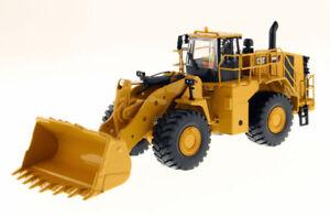 DCM85901 - Caterpillar 988K Wood Rockers Of Figurine And Of Box Metal
