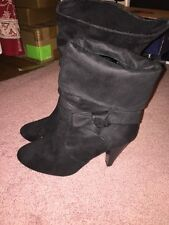 Women's Apt. 9 Size 10 Fold Over Or Mid Calf Boots Heels Excellent Condition