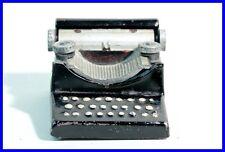 Bleistift  Anspitzer Schreibmaschine/ tin cast iron pencil sharpener typewriter