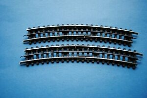 Trix-Express       2  Stück  gebogene Trenngleise  Nr.  4386  Radius  2    NEU