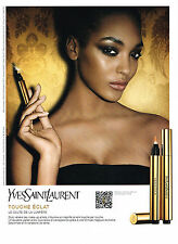 PUBLICITE ADVERTISING  2011   YVES SAINT LAURENT maquillage touche éclat