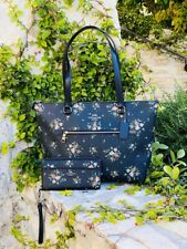 Coach Gallery Rose Bouquet Floral Print Tote Bag 91023 Midnight Multi